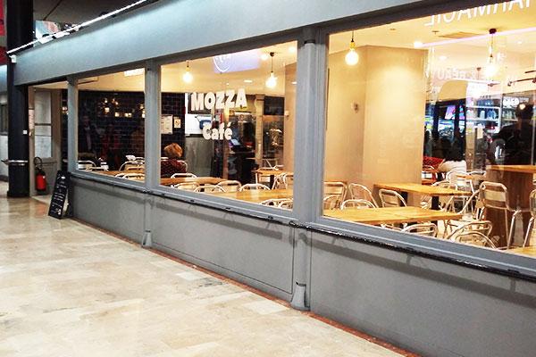Mozza Café